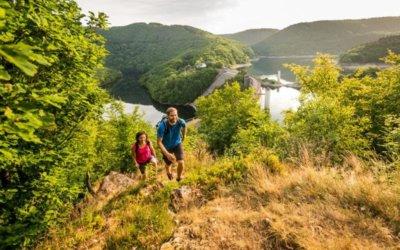 Wandelen in de Ardennen: ervaar de rust en schoonheid van de natuur